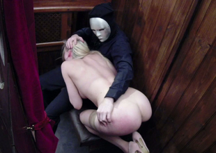 Desirable comme ci hoe Tamara Grace gets drilled unconnected with a priest