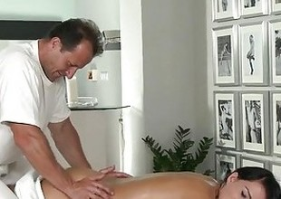 Love Creampie Youthful beauty gets oil massage and cum in her constricted young hole