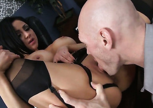 Audrey Bitoni with gigantic love melons enjoys Johnny Sinss meat pole in her mouth in daffy said action