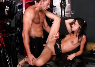 Brunette hair tart Tanner Mayes finds herself getting rammed again