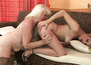 Festival Laraan with gigantic jugs has some time to give some sexual pleasure to lesbo Mylen