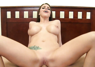 Brooklyn Pursue gets her mouth banged so away from Billy Glide that that babe wont beg for more