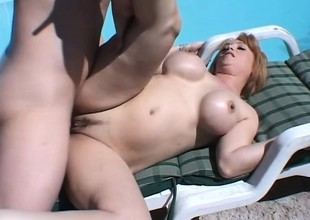 Stacked housewife has the pool boy's big cock satisfying her desires