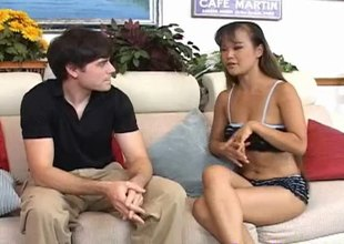 Fantastic Thai woman can't live without massaging white chaps and gratifying them