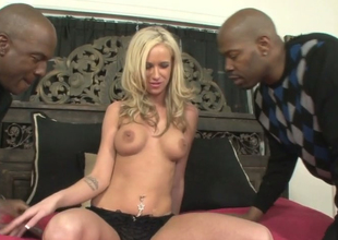Sexy blondie Kaylee Hilton gets banged hard by two perfidious dudes