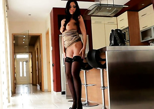 Angelica Heart with massive hooters makes her sexual dreams a reality alone