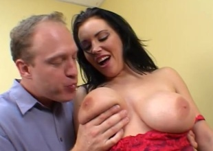 Angelica Sin gets fucked in a hawt oral and bang action