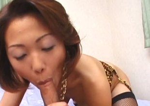 Elegant Japanese mommy giving awesome vocalized pleasure in POV sex clip