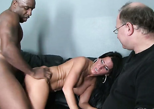 Jordan Kingsley loses control after Nathan Threat pops out his sausage to fuck her muff pie