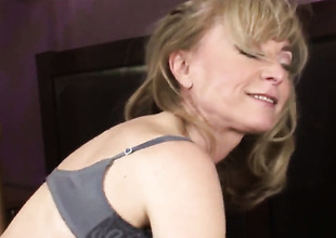 Nina Hartley and Sean Michaels have wild anal job for webcam for u to watch and enjoy after headjob