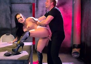 Katrina Jade is a real bad girl with frowning hair and hot tattoos wearing frowning boots and a chain around her neck. And she just likes coarse sex while drilled in her cunt.
