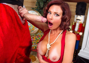 Squirting On Santa
