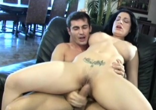 Breasty MILF Priscilla Sin can't wait to acquisition bargain her milk from a big cock
