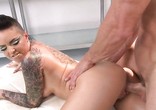 Johnny Sins has a fine time fucking Christy Mack