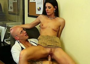 Her meds are out and she needs fresh ones. The doctor does not want to give her any more, but India Summer persuades him to do otherwise.