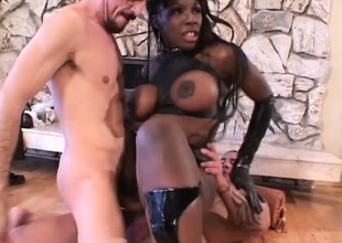 Stacked black girl has two horny white guys pounding her juicy holes