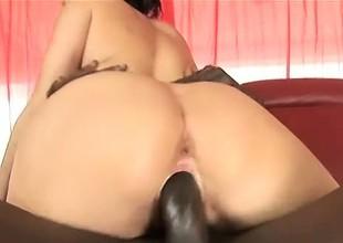 Dana Dearmond welcomes Byron Long's huge black stick deep in her ass